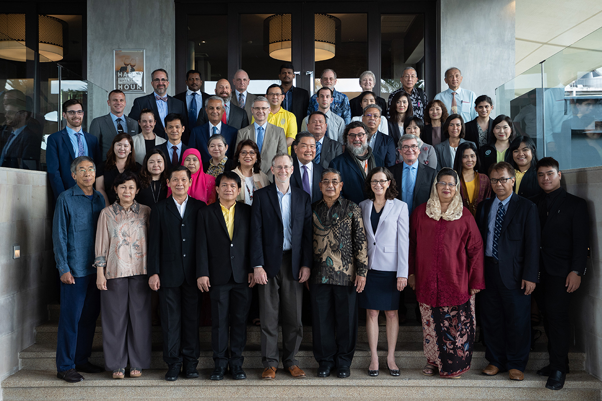 Group photo from the 2019 multilateral biosecurity dialogue on biosecurity